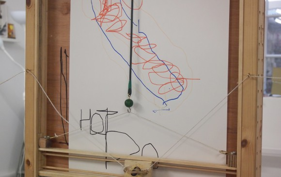 Hot Dog on the drawing machine (c) Nous Vous